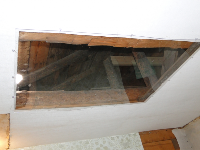 Ceiling-opening