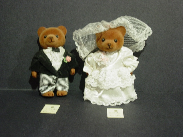 d17-d18-mr-mrs-bear
